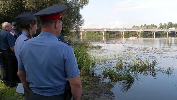 Водолазы, Водолазная группа «ДобротворецЪ», спасатели, полицейские