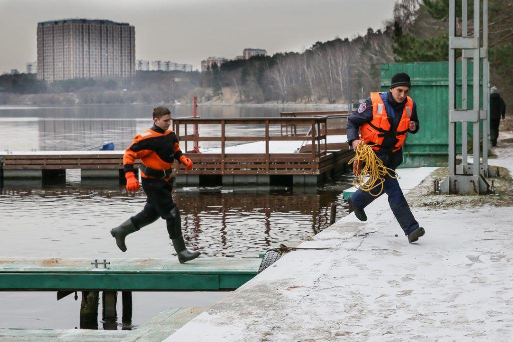 Серебряный бор, спасатели, лед, зима в Москве