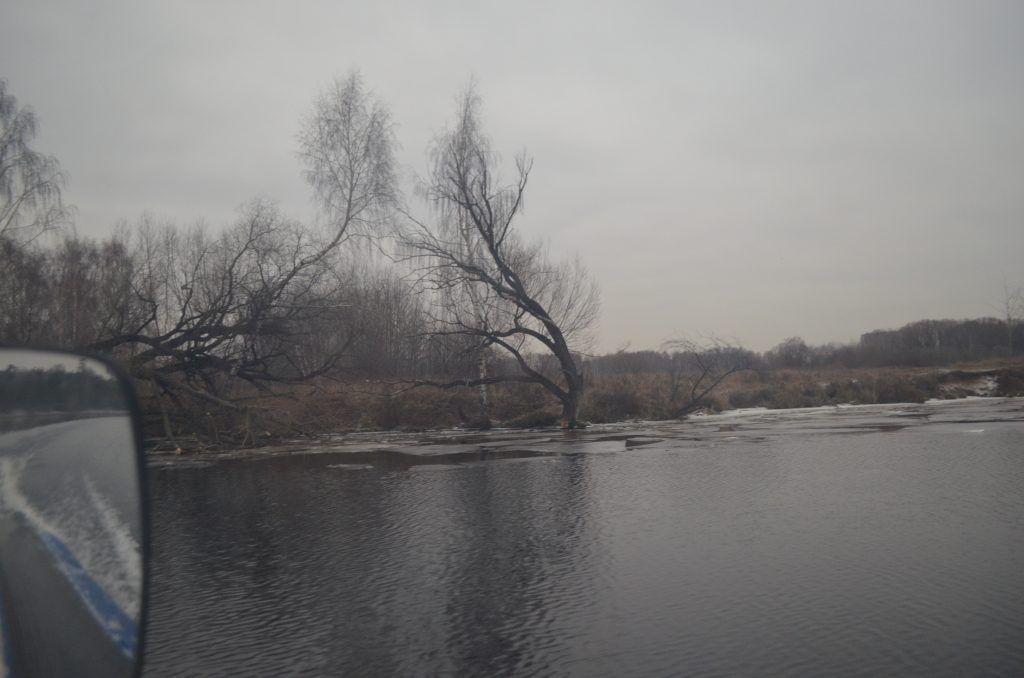 зима в Москве, лед, пруд, Серебряный бор, спасатели