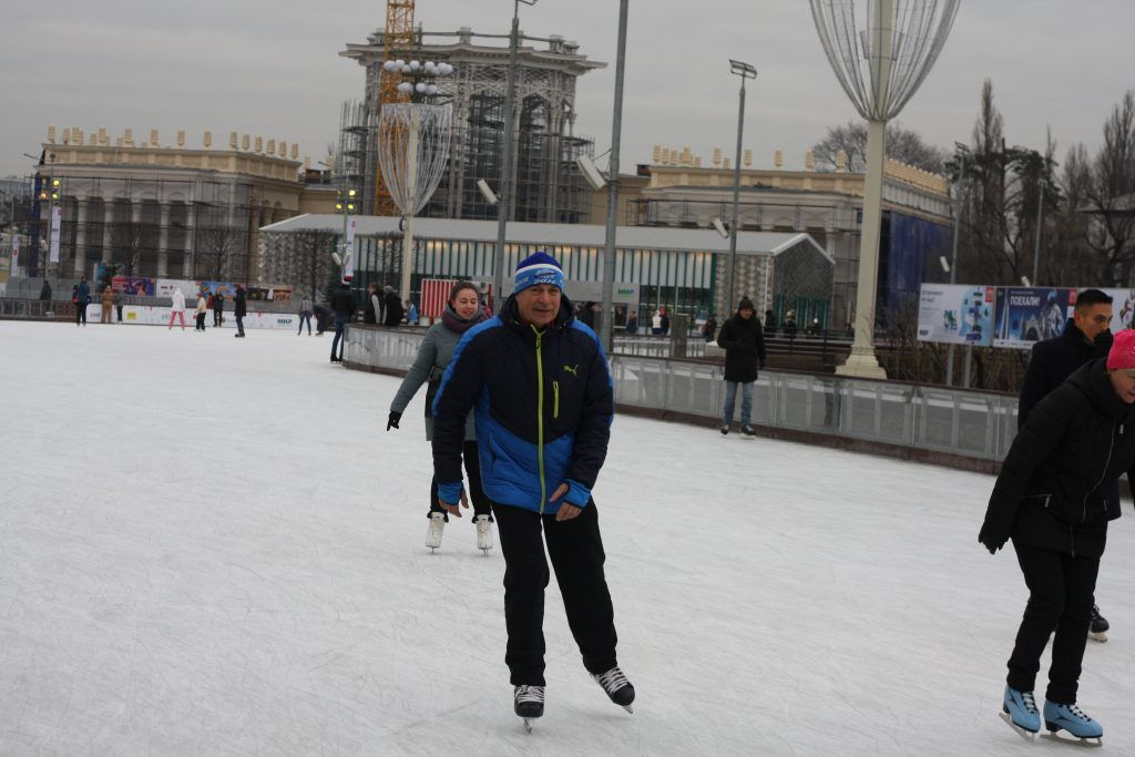 катки в Москве,зима в Москве, ВДНХ