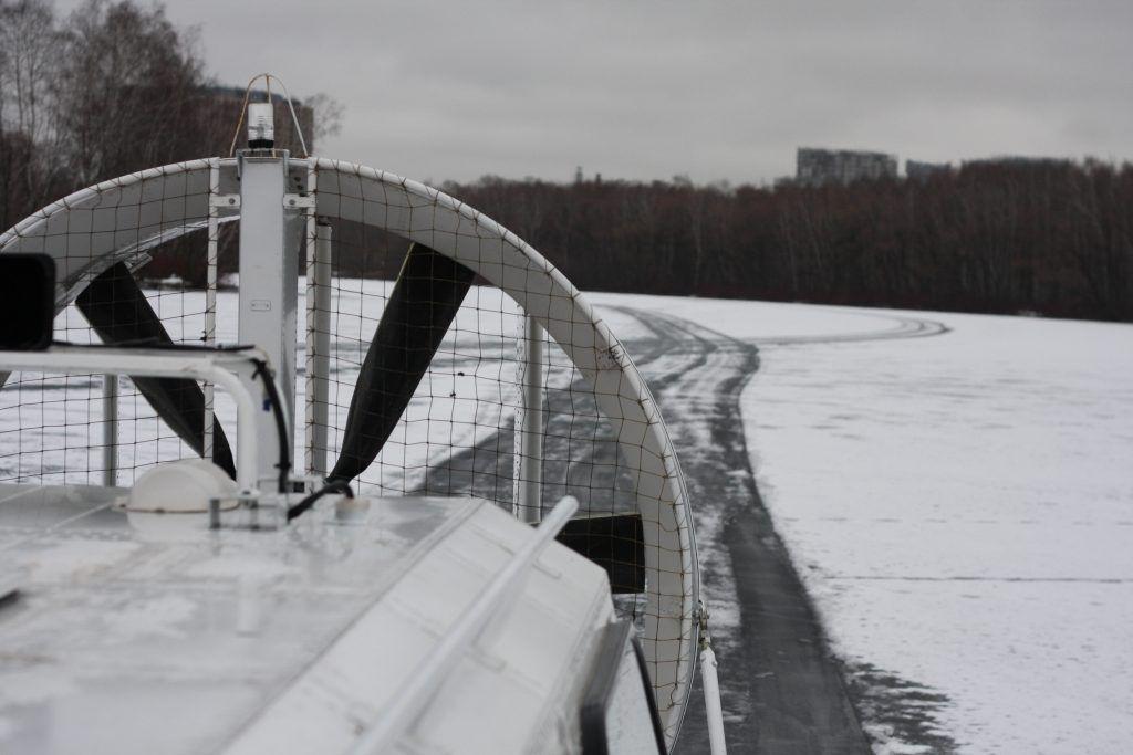 зима в Москве, спасатели, лед