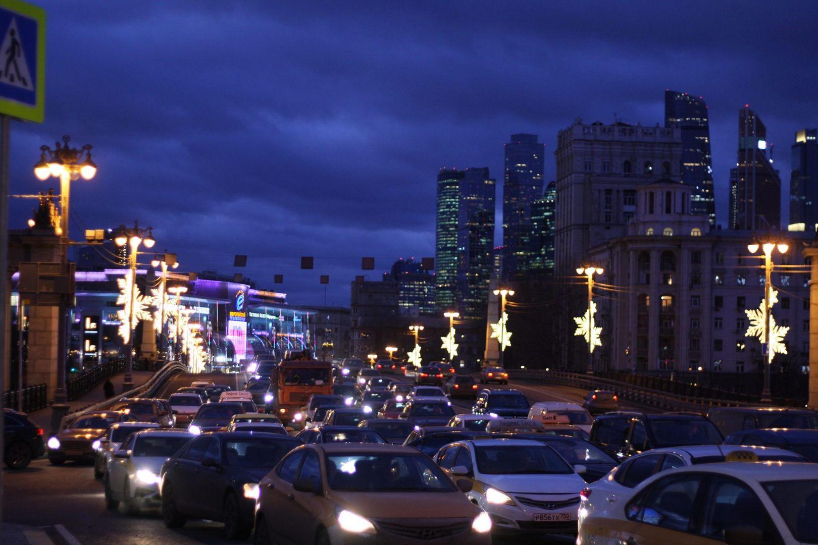 Бородинский мост, украшение Москвы