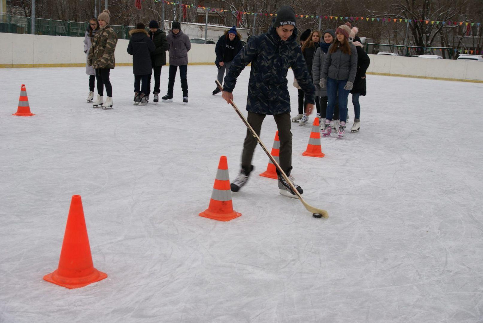 Москвичам предложат 11 секций по хоккею