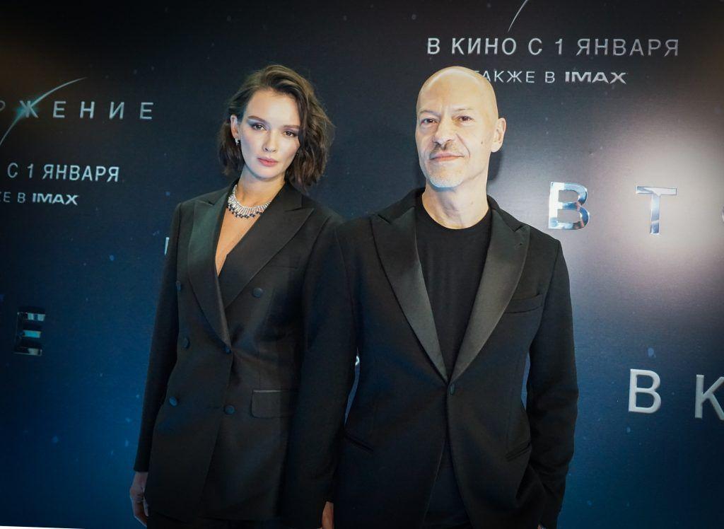 Паулина Агуреева и Федор Бондарчук, Вторжение
