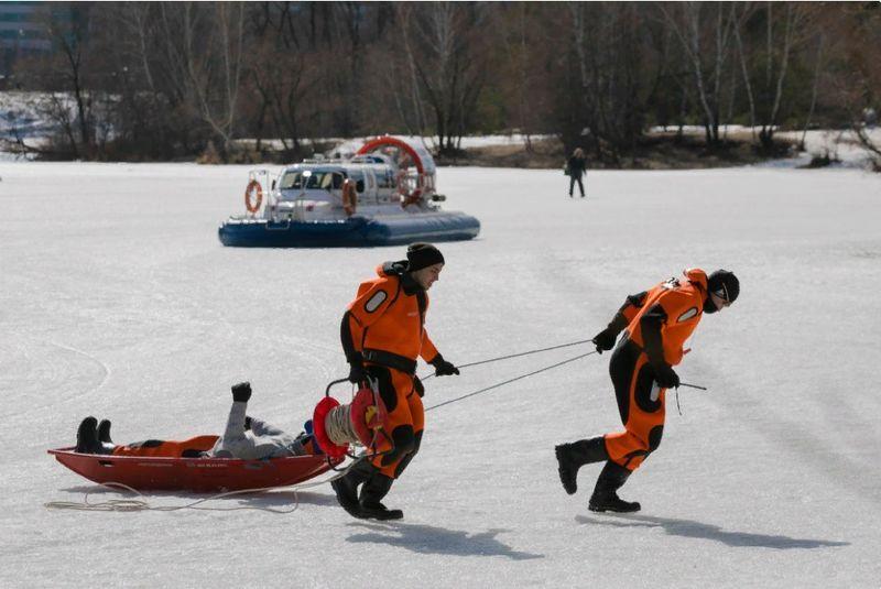 спасатели, лед