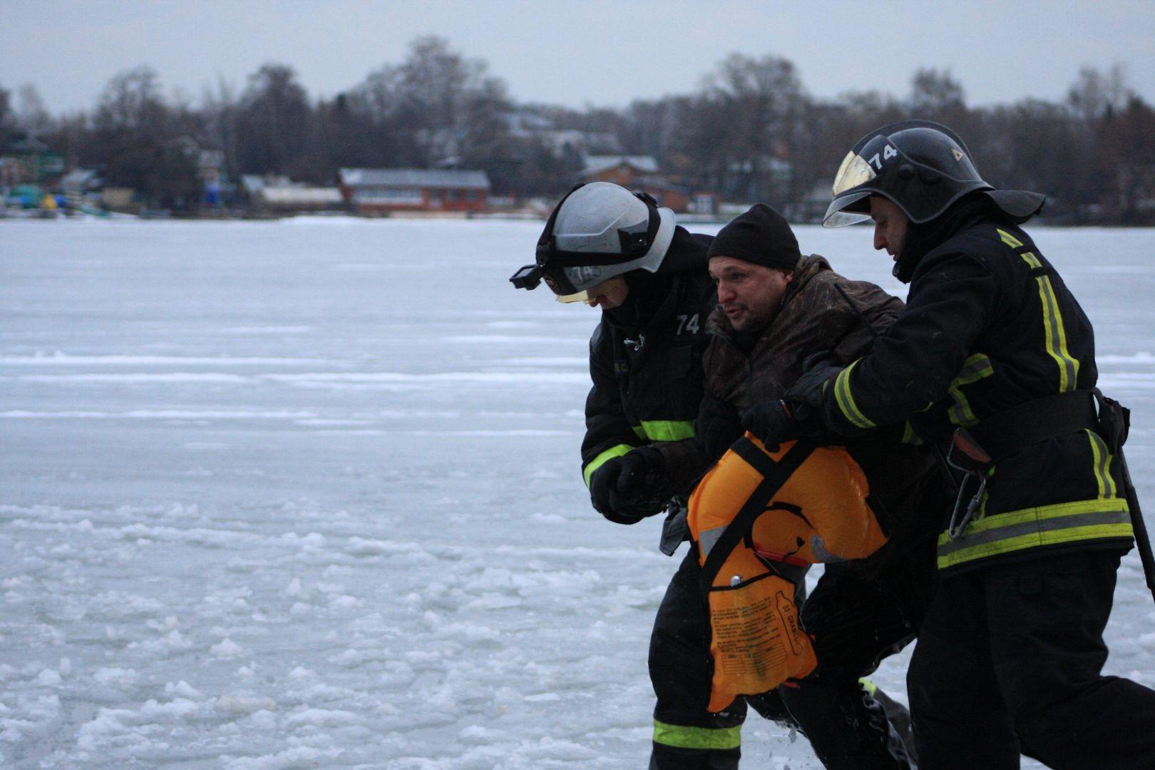 Спасение пострадавшего сотрудниками ГКУ ПСЦ