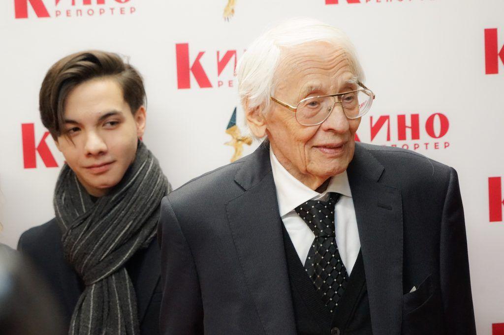 Владимир Наумов (справа)
