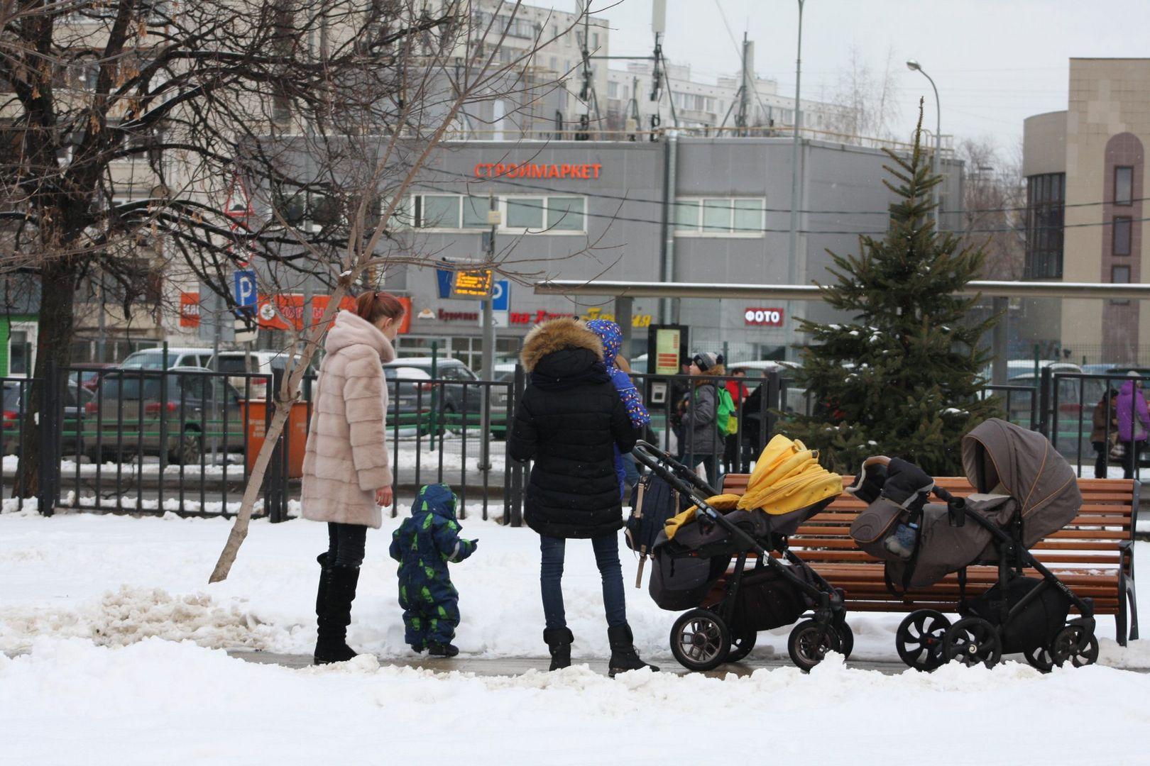 сквер, зима, дети