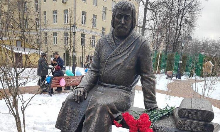памятник Василий Прохоров
