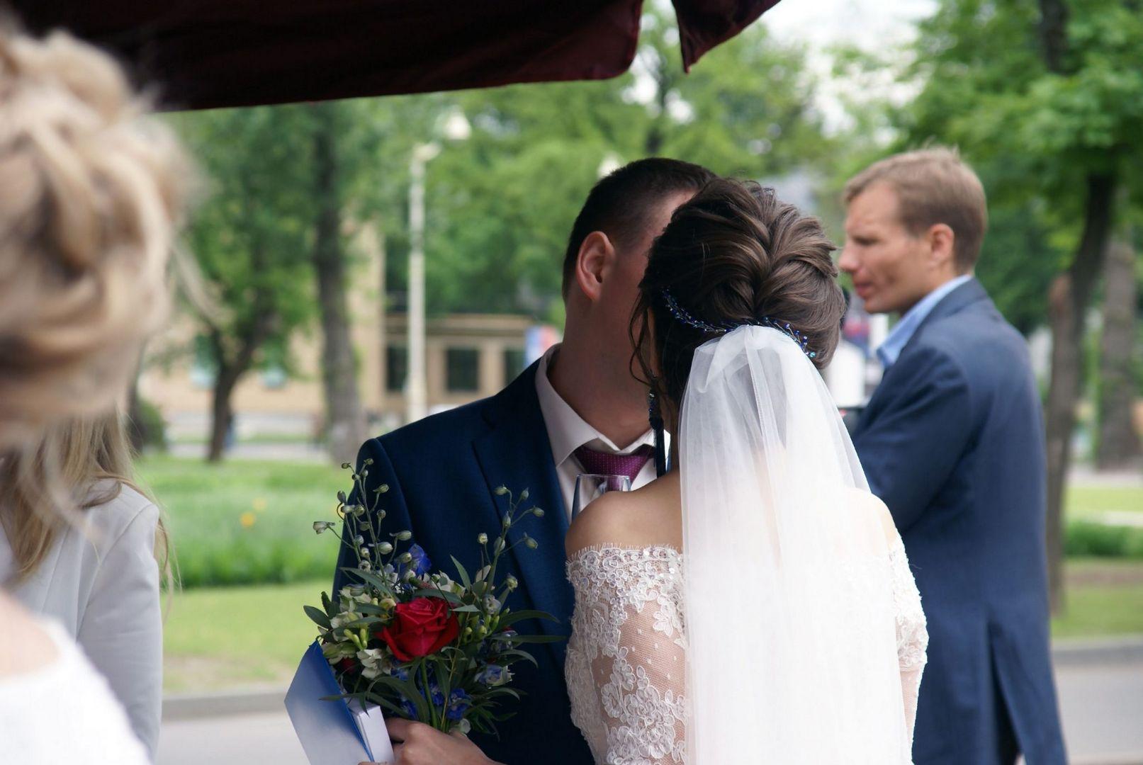 свадьбы, измены