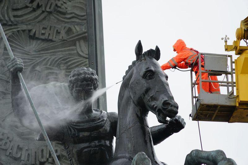 промывка фонтана, Гормост