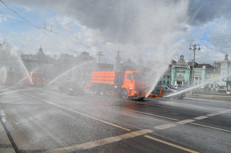 промывка дорог, Белорусский вокзал, коронавирус