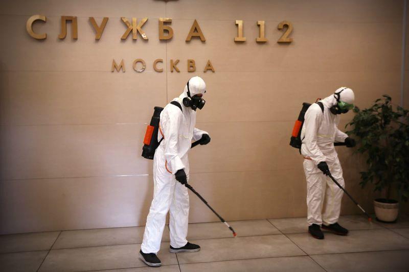 Московские спасатели провели масштабную дезинфекцию
