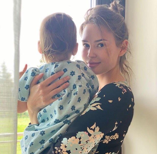 Алена Гаврилова с дочерью Афиной