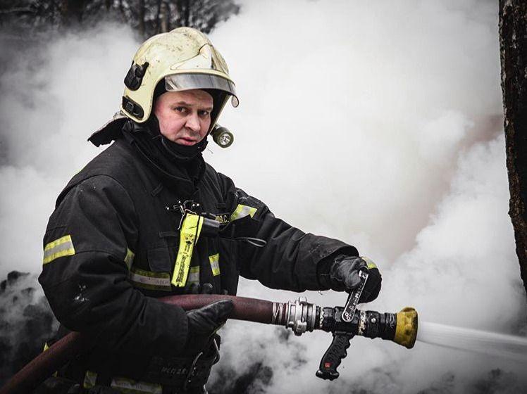 пожарные, пожар
