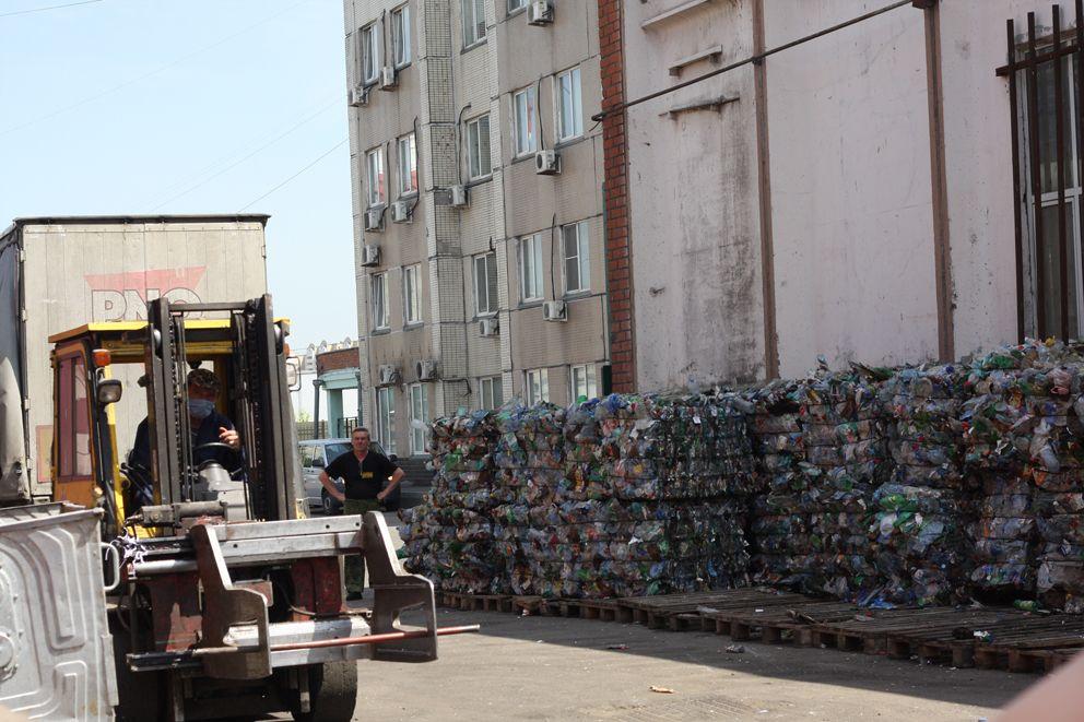 мусор, добрые крышечки