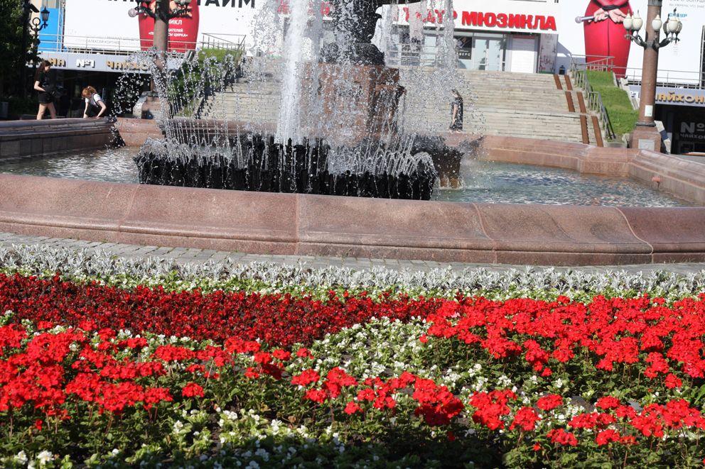 благоустройство, украшение Москвы, цветники