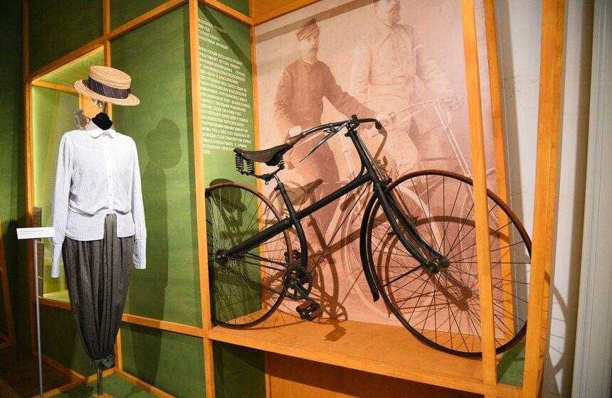 выставка, велосипед