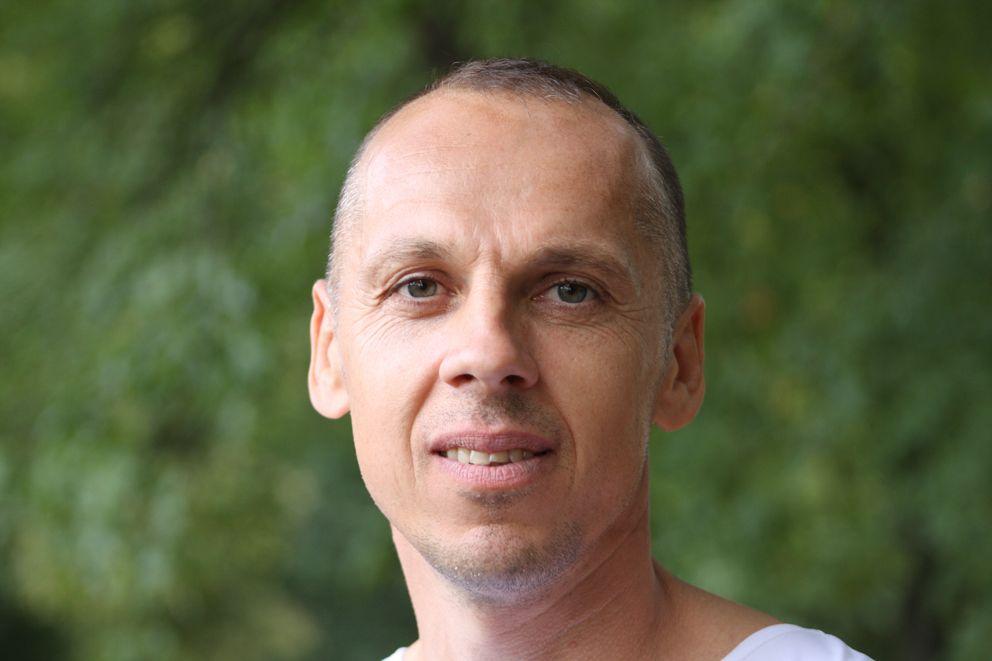 Самый старший участник конкурса Сергей Тарасов