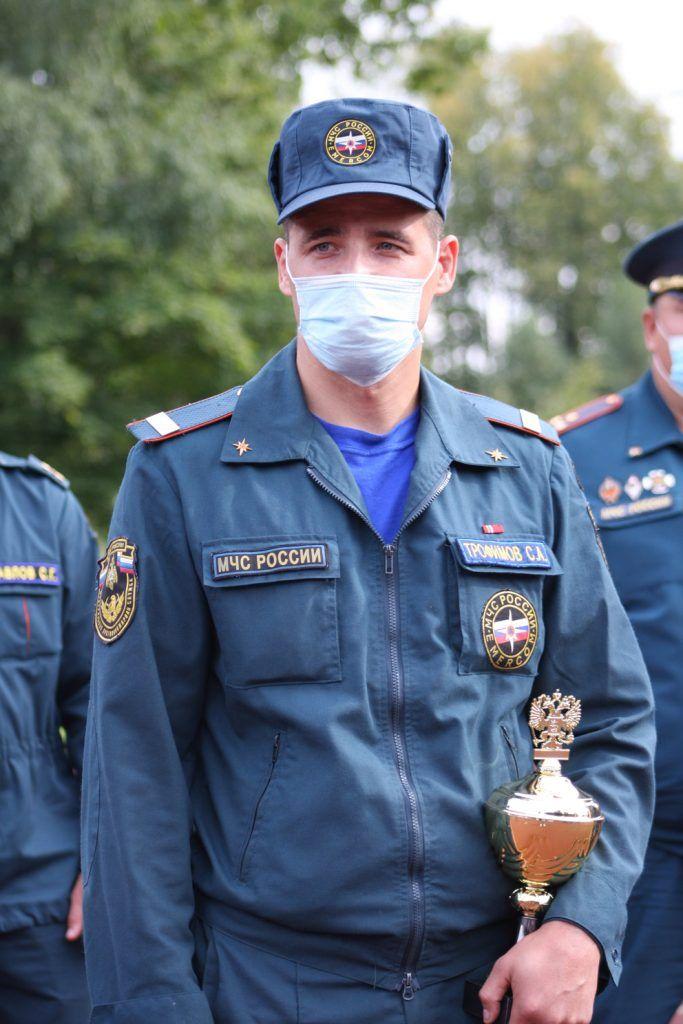 Серебряный призер конкурса старший сержант внешней службы Сергей Трофимов