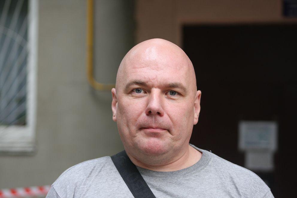 Житель дома Алексей живет в доме с рождения