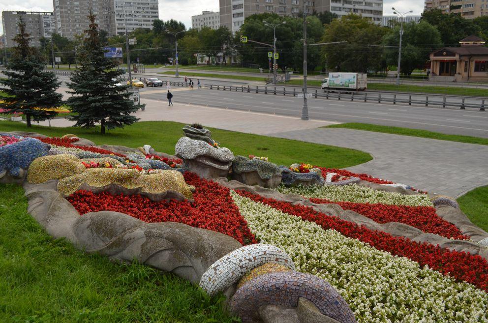 Черкизовский пруд, парк, цветники