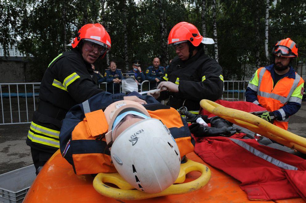 соревнования, пожарные, спасатели