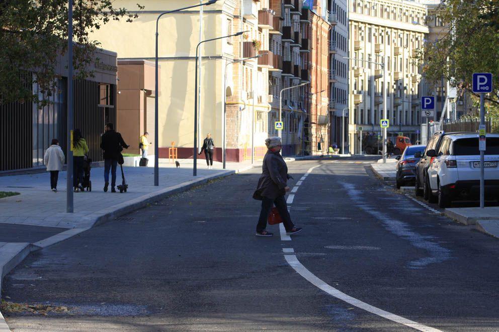 Пешеходы на Даевом переулке
