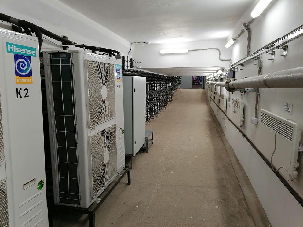 Внутри помещения насосной станции