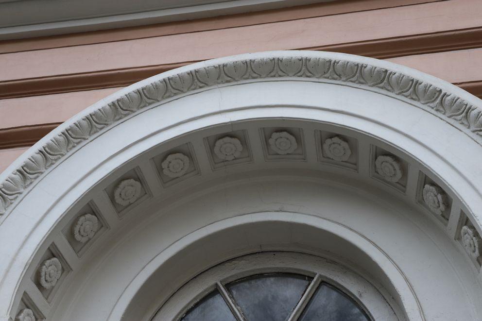Дом-памятник, на Патриарших, капремонт