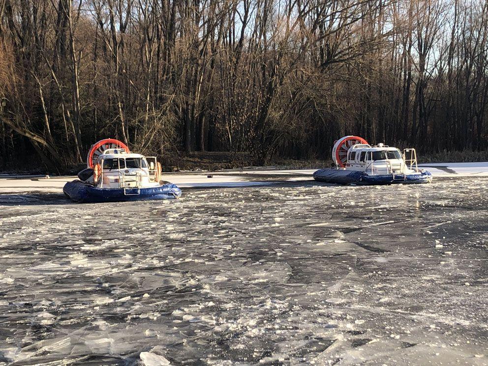 спасатели, водные спасатели, водоем, лед, зима