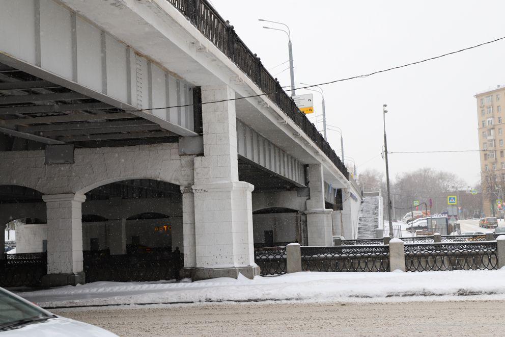 Электрозаводской мост, зима, ремонт