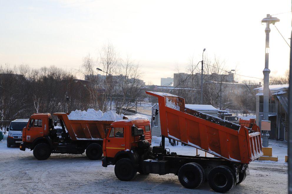 Снегосплавный пункт Черкизово, уборка снега, зима в Москве