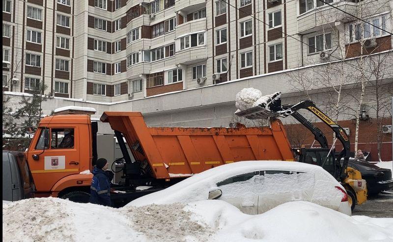 уборка снега, зима в Москве, комплекс городского хозяйства, Марьино
