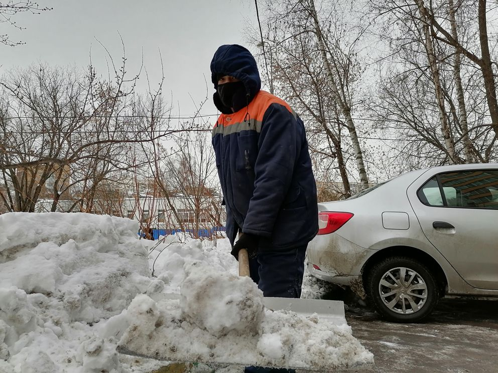 уборка снега, зима в Москве, снегопад, ЮВАО, Печатники, Жилищник