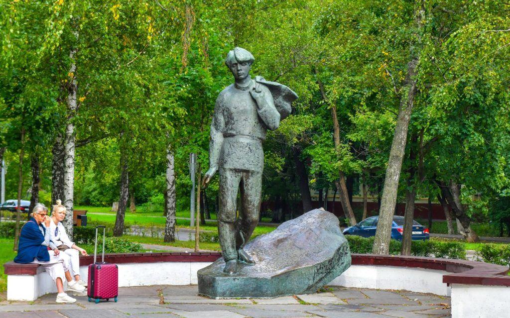 памятник, Сергей Есенин