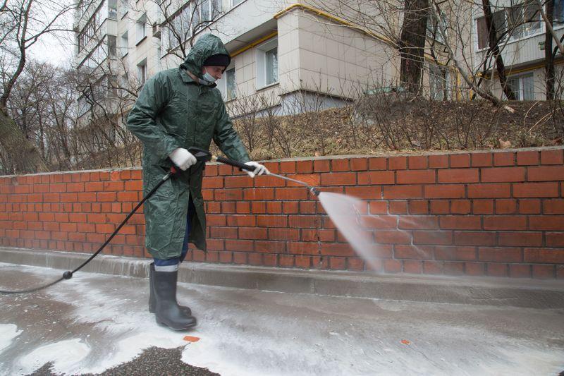 Промывка улиц, Жилищник