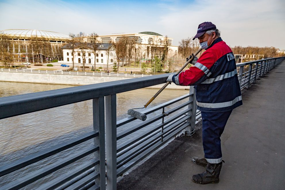 ГБУ Гормост, покраска, Лужнецкий мост