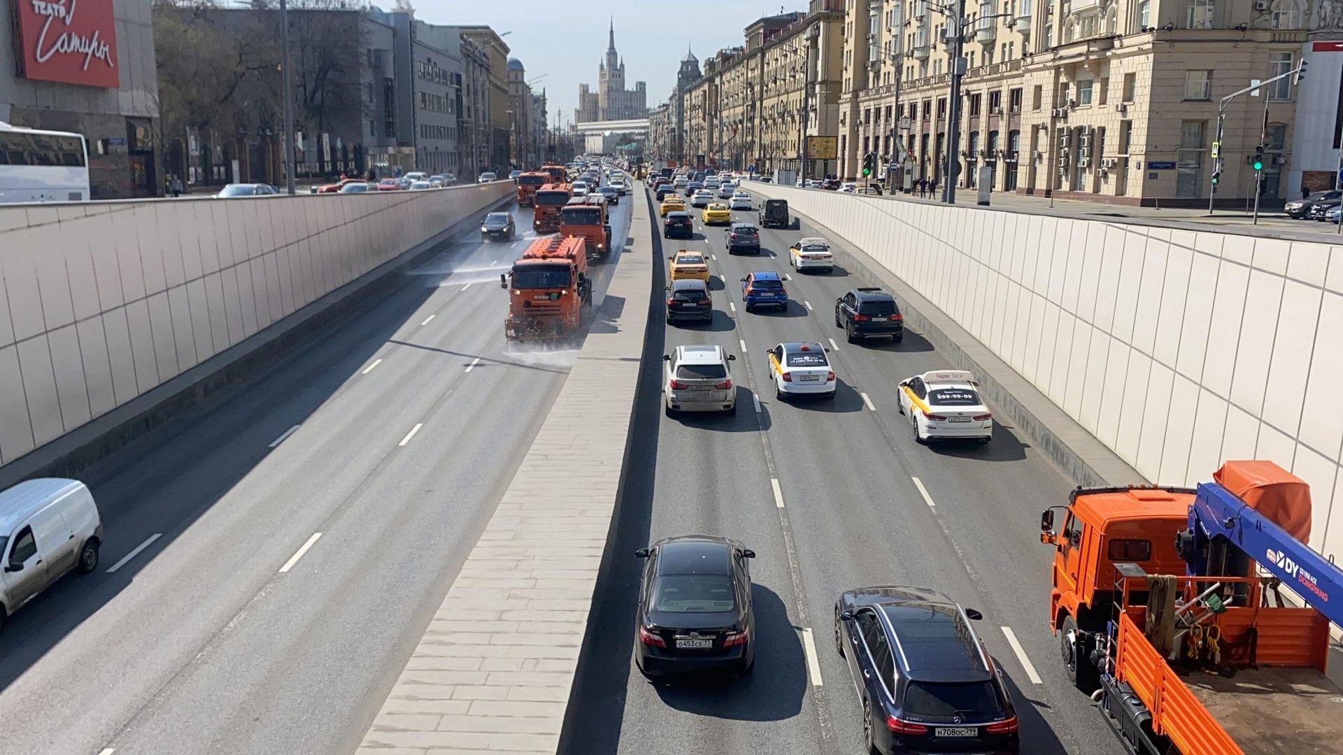 промывка дорог, тоннель