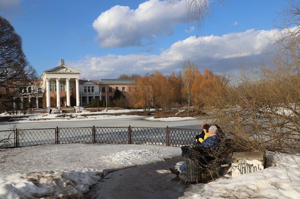 Ботанический сад, парки Москвы, весна в Москве