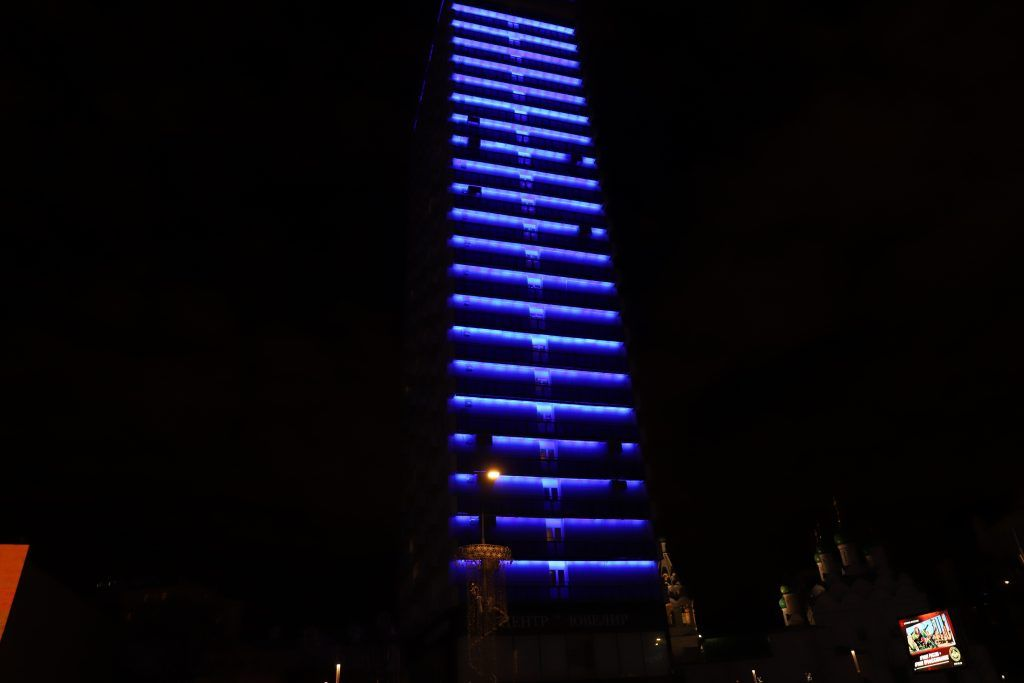 Архитектурно-художественная подсветка, зажги синим, украшение Москвы, Новый Арбат