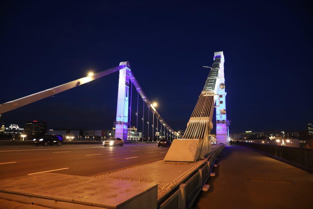 Архитектурно-художественная подсветка, зажги синим, украшение Москвы, Крымский мост