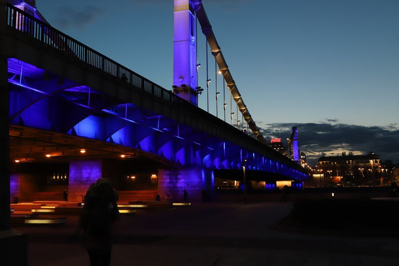 архитектурно-художественная подсветка, зажги синим, Крымский мост
