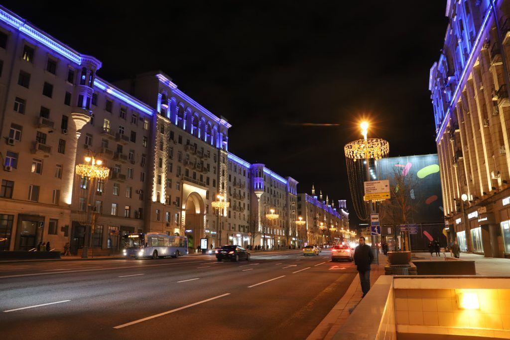 Архитектурно-художественная подсветка, зажги синим, украшение Москвы, Тверская улица
