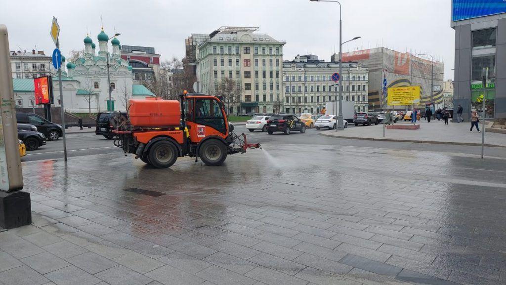 Поливомоечная техника, промывка дорог