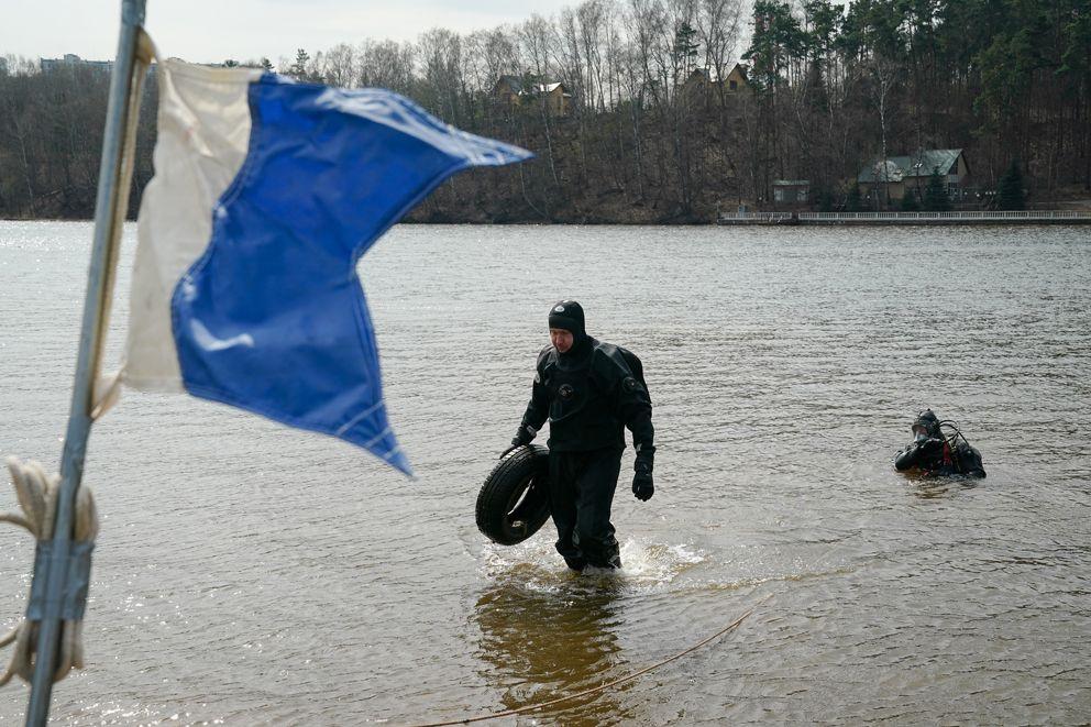 спасатели, водоем, водолаз