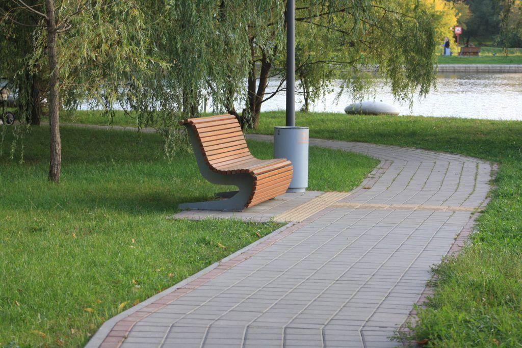 газон, благоустройство, скамейка