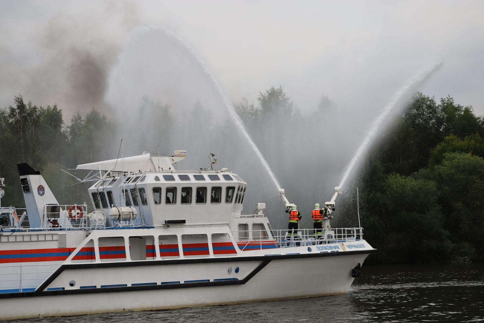 спасатели, водоем, пожарные