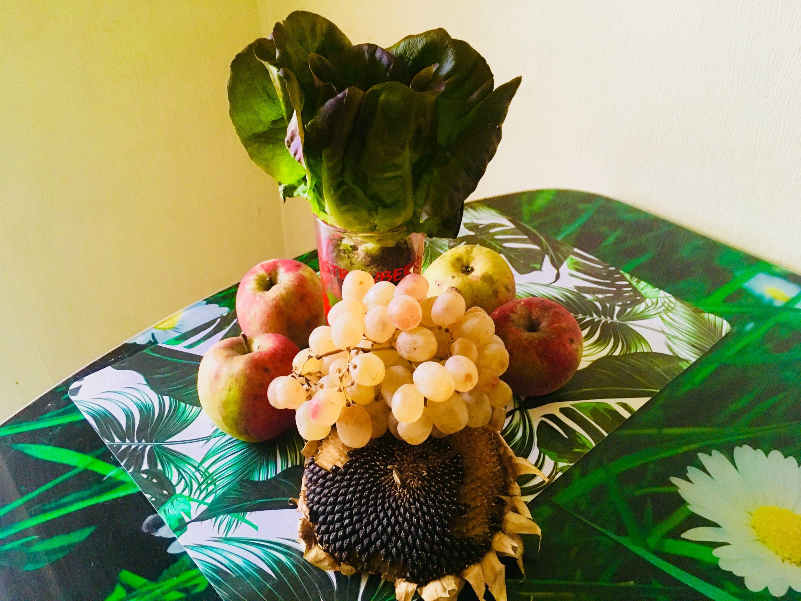 зелень, фрукты