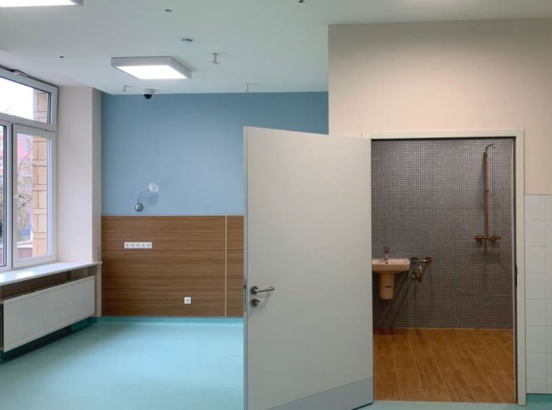 больница, поликлиника